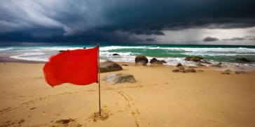 The 5 Most Common Red Flags Women Shouldn't Ignore