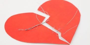 7 Worst Sins That Ruin a Relationship