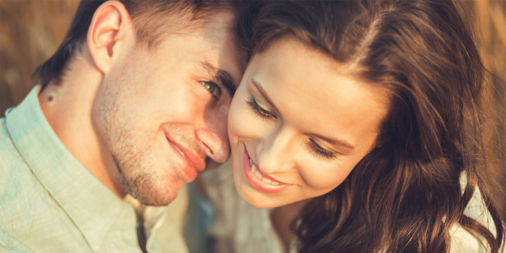 Is He Into Me? 8 Huge Signs He's Into You And Likes You