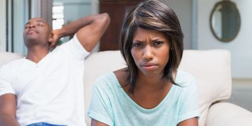 11 Enormous Signs He's Not Serious About You